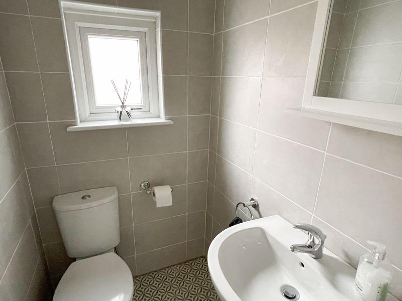 First Floor Cloakroom/WC