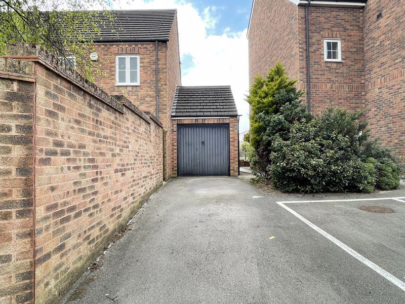 Garage & Driveway Parking
