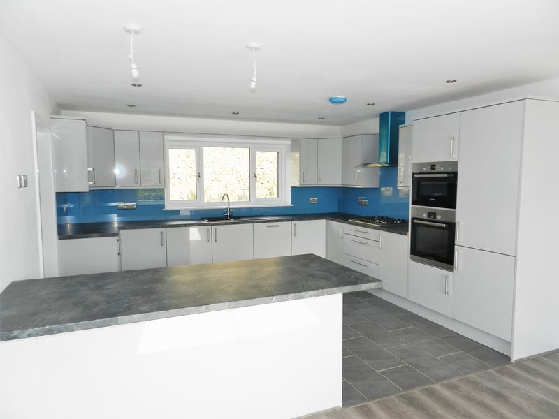 Fitted Kitchen/Dining Room