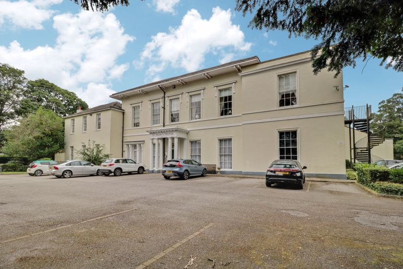North Bar Within, Beverley, East Riding Of Yorkshire, HU17 8DE
