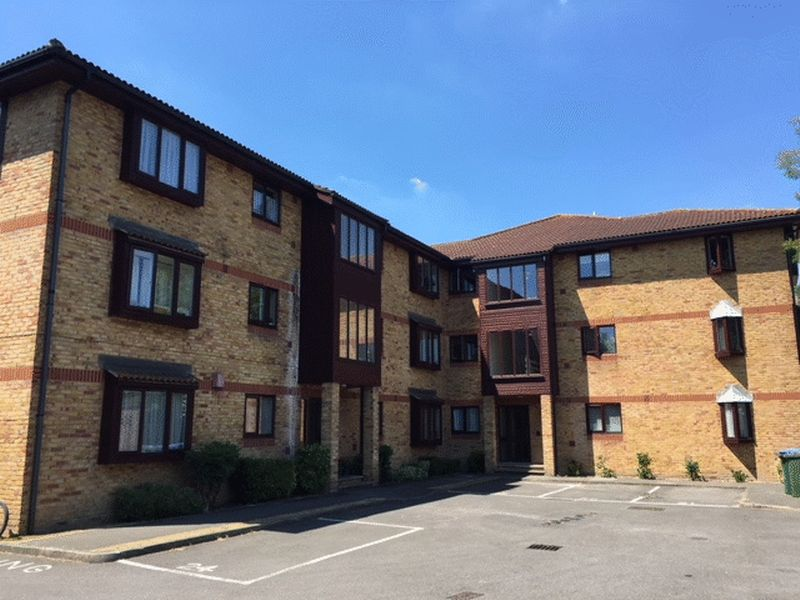 St. Georges Close, Horley