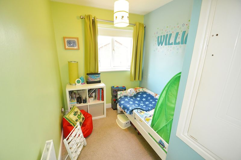 3 Bedroom Detached House For Sale - Photo 13