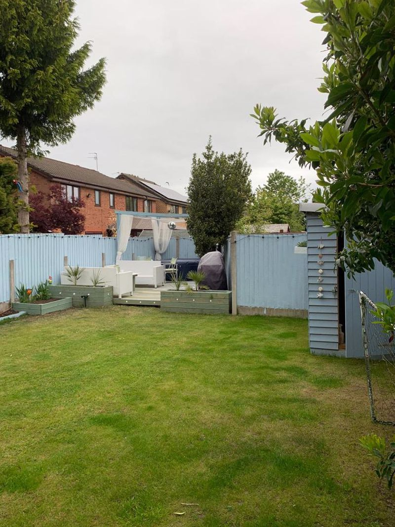 3 Bedroom Detached House For Sale - Photo 20