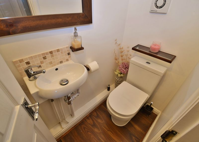 3 Bedroom Detached House For Sale - Photo 12