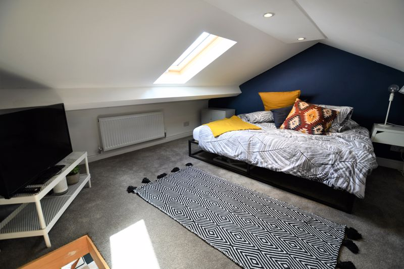 2 Bedroom Terraced House For Sale - Photo 6