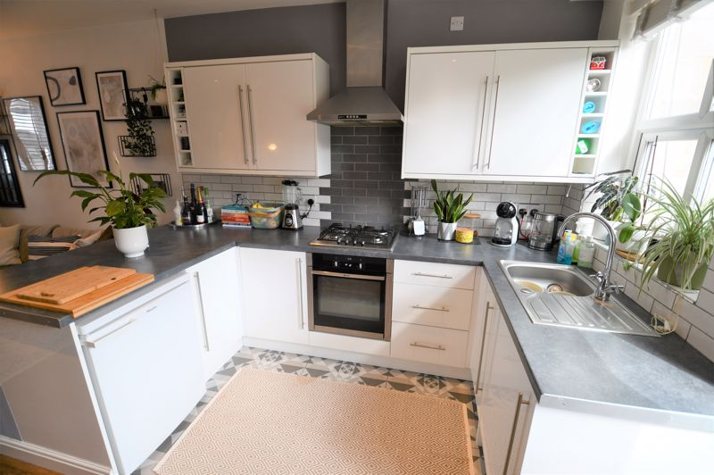 2 Bedroom Terraced House For Sale - Photo 13