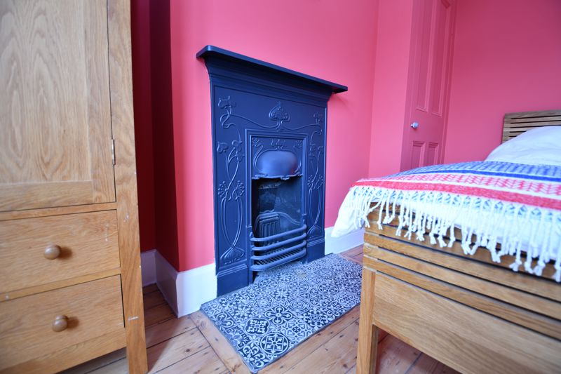 4 Bedroom Semi Detached House For Sale - Photo 29