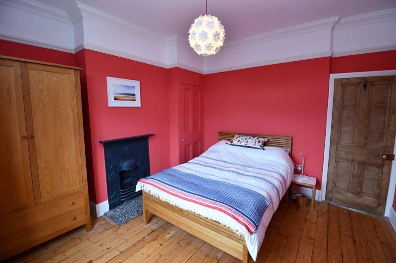 4 Bedroom Semi Detached House For Sale - Photo 30
