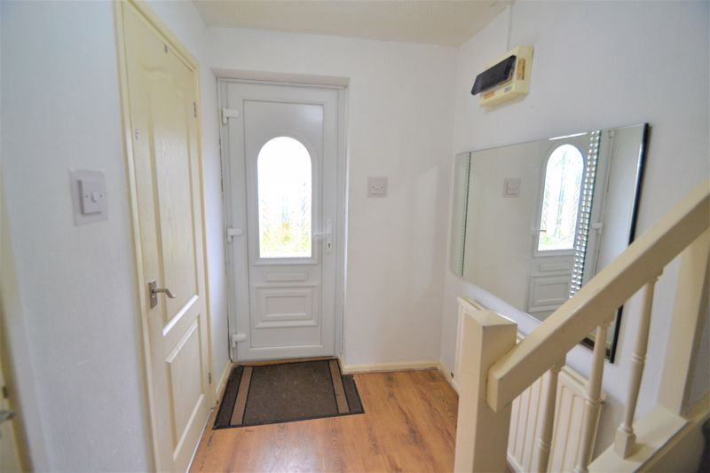 3 Bedroom End Terrace House To Rent - Photo 9