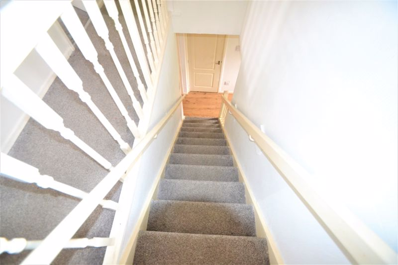 3 Bedroom End Terrace House To Rent - Photo 12