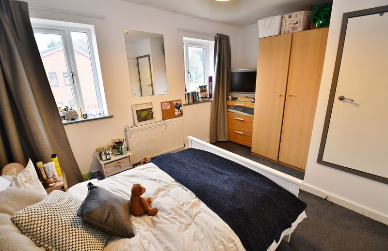 2 Bedroom Terraced House For Sale - Photo 4