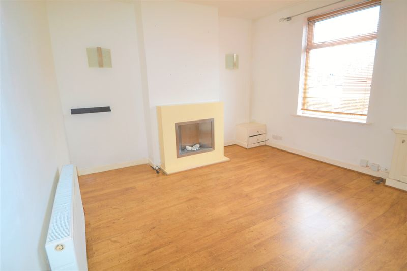 2 Bedroom Terraced House To Rent - Photo 13