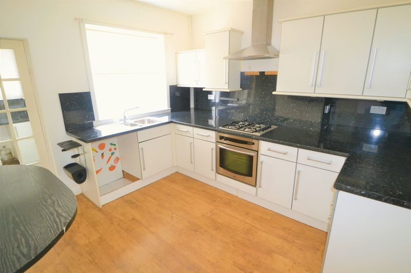 2 Bedroom Terraced House To Rent - Photo 14