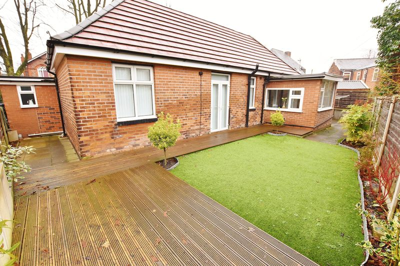 3 Bedroom Detached Bungalow For Sale - Photo 19