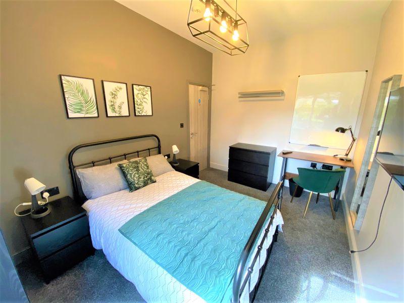 Room 1, 15 Image
