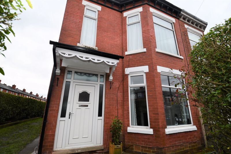 3 Bedroom End Terrace House For Sale - Photo 27