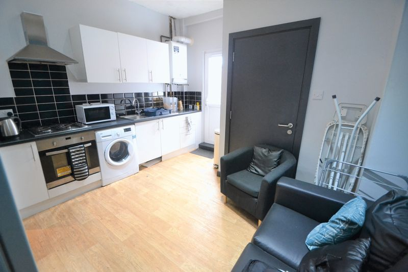 1 Bedroom Terraced House To Rent - Photo 9