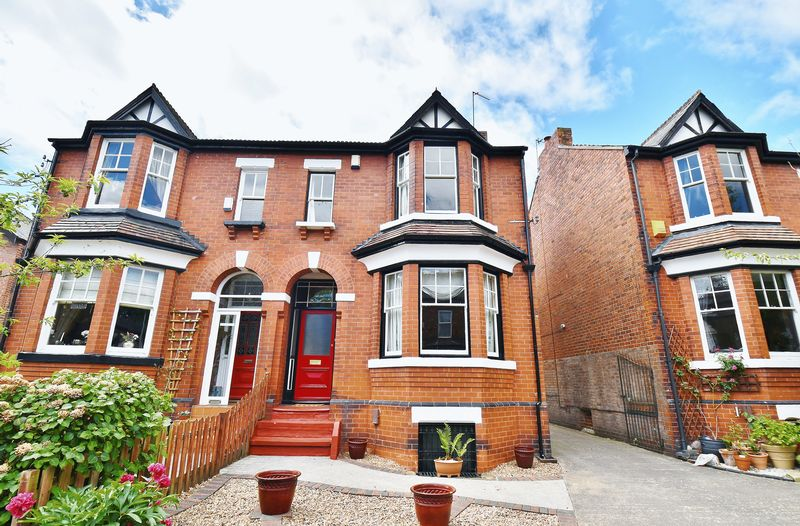 4 Bedroom Semi Detached House For Sale - Photo 18