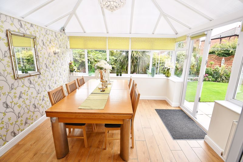 4 Bedroom Detached House For Sale - Photo 6