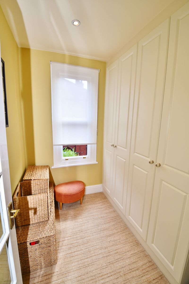 4 Bedroom Semi Detached House For Sale - Photo 20