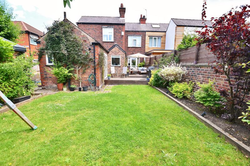 4 Bedroom Semi Detached House For Sale - Photo 2