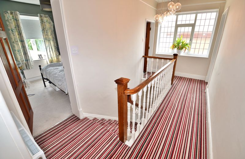 4 Bedroom Semi Detached House For Sale - Photo 13