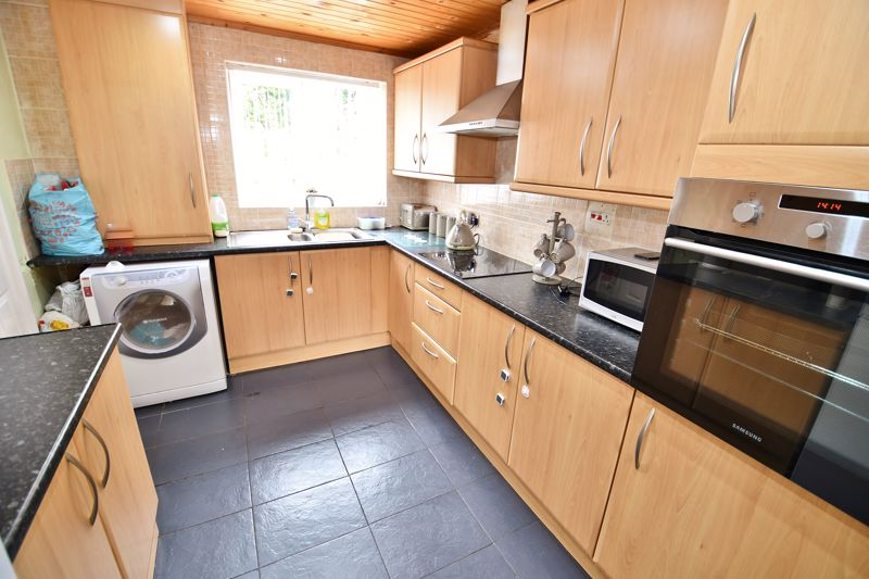 2 Bedroom Terraced House For Sale - Photo 22