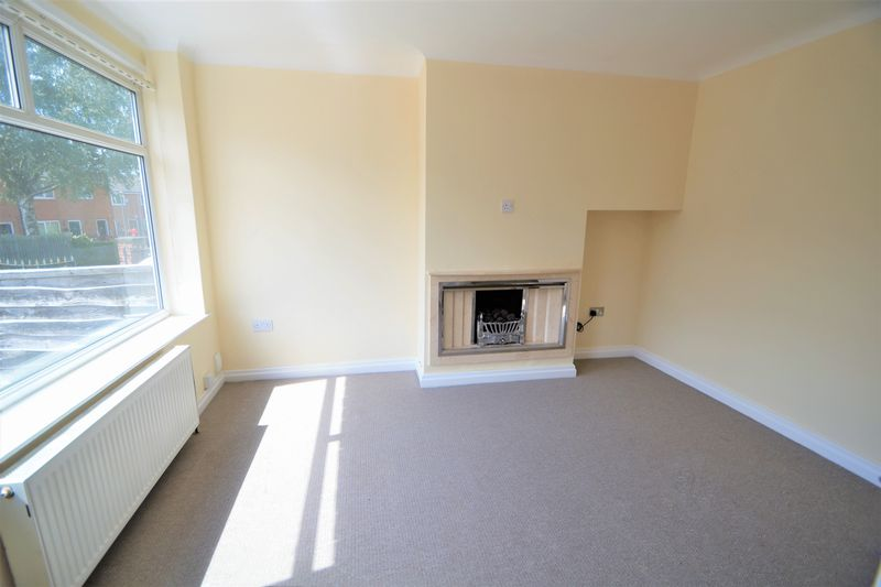 2 Bedroom Semi Detached House To Rent - Photo 10