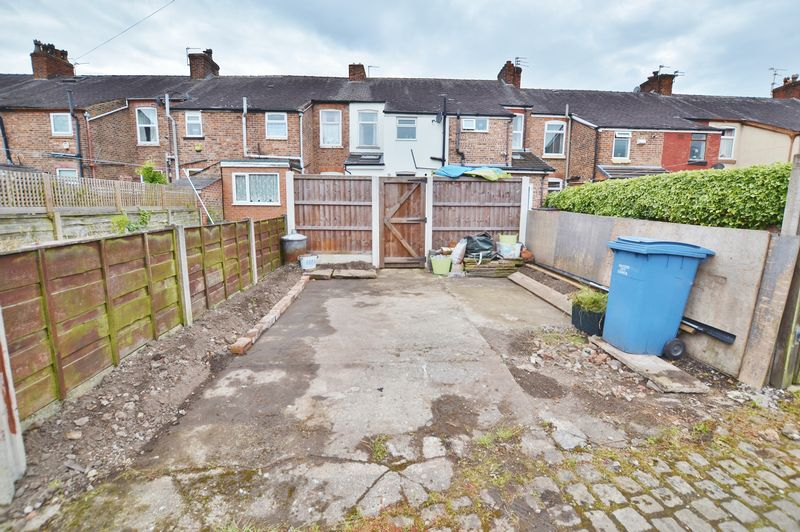 2 Bedroom Terraced House For Sale - Photo 12