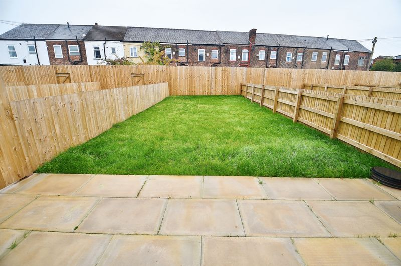 3 Bedroom Semi Detached House For Sale - Photo 3