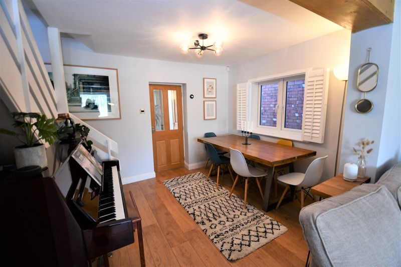 2 Bedroom End Terrace House For Sale - Photo 4