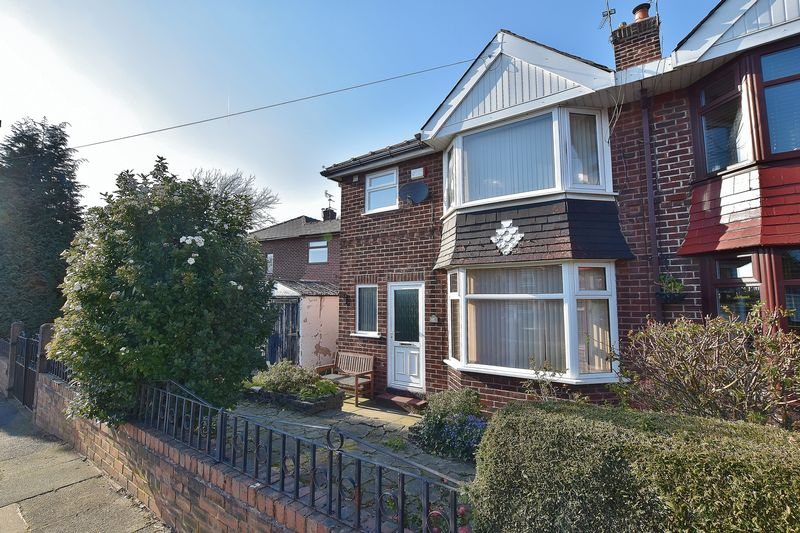 3 Bedroom Semi Detached House For Sale - Photo 14