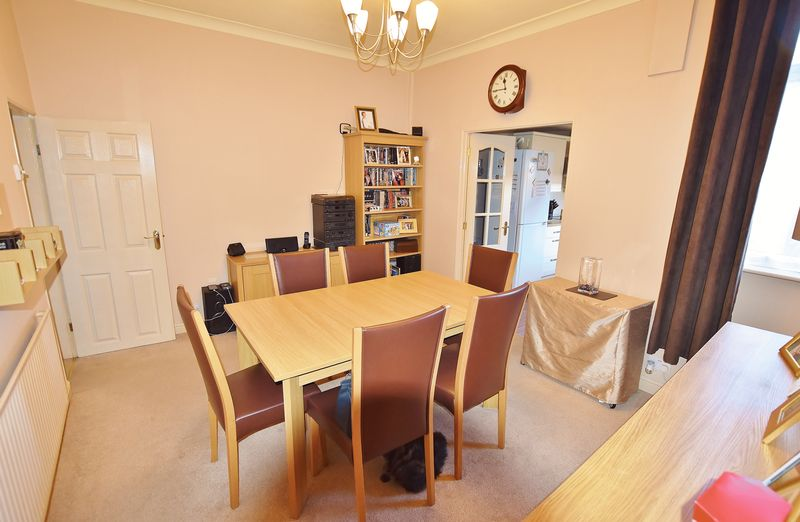 2 Bedroom End Terrace House For Sale - Photo 9