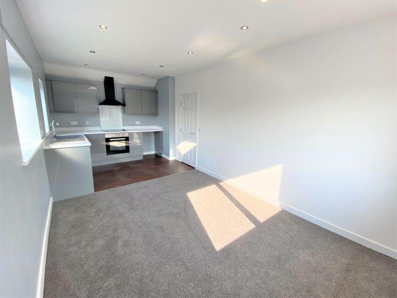Apartment 2, 7 Image