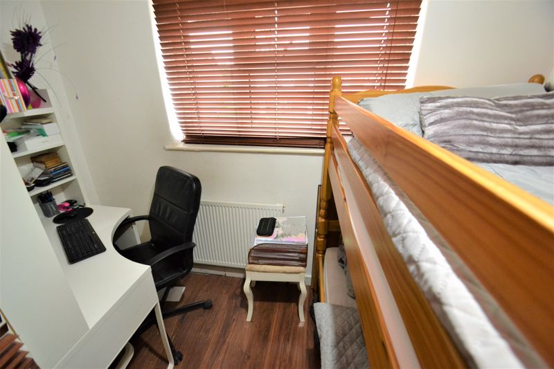 3 Bedroom Terraced House For Sale - Photo 16