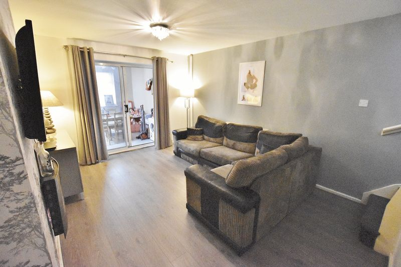 2 Bedroom Semi Detached House For Sale - Photo 12