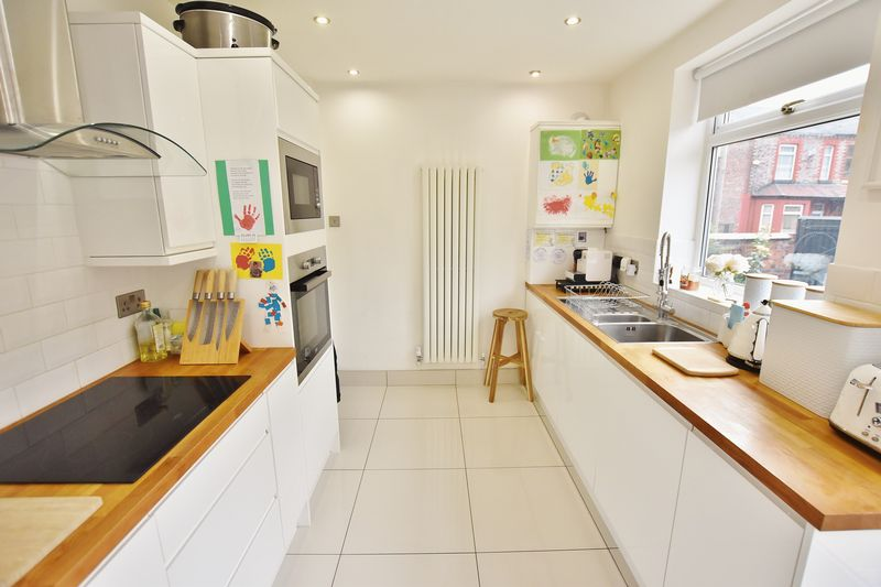 2 Bedroom End Terrace House For Sale - Photo 12