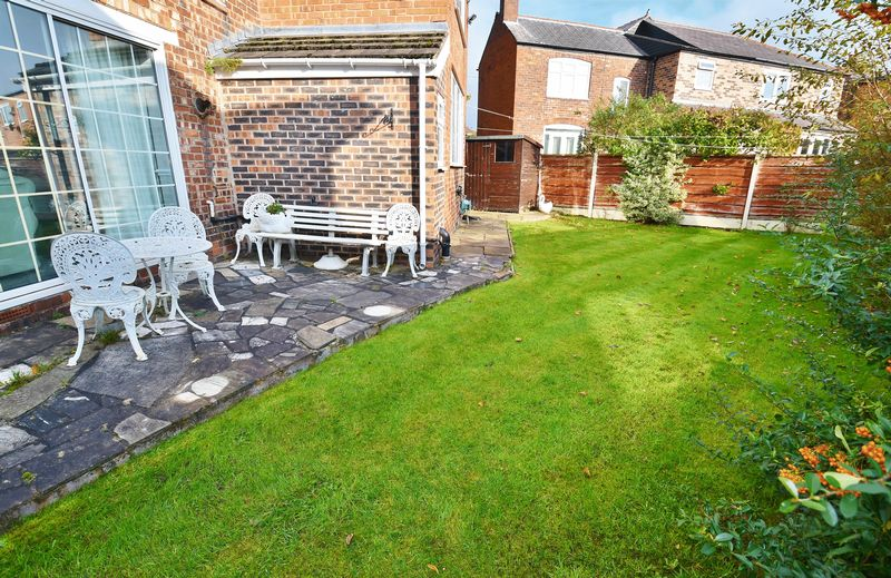 4 Bedroom Detached House For Sale - Photo 13