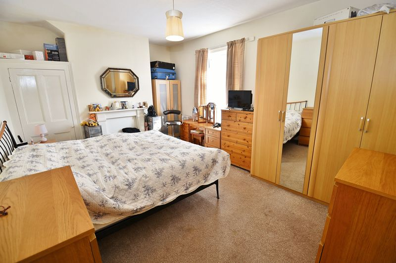 2 Bedroom Terraced House For Sale - Photo 3