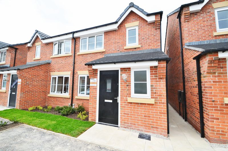 3 Bedroom Semi Detached House To Rent - Photo 19