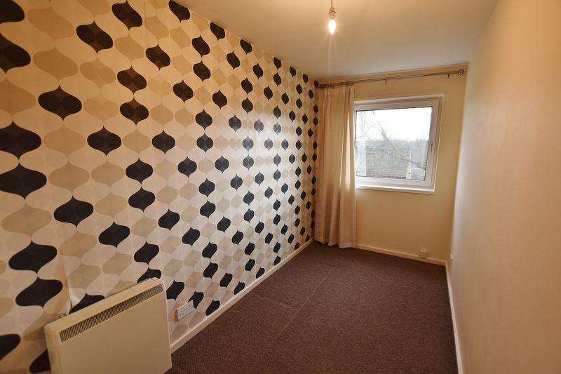 2 Bedroom Upper Floor Flat Apartment Or Studio For Sale - Photo 1