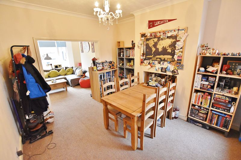 2 Bedroom End Terrace House For Sale - Photo 13