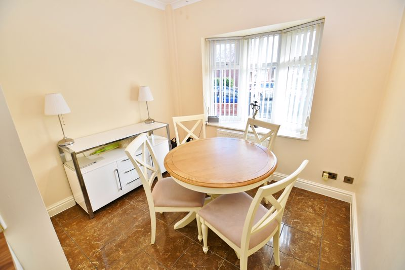 4 Bedroom Semi Detached House For Sale - Photo 1