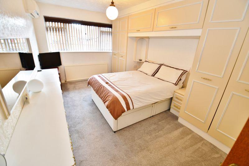 4 Bedroom Detached Bungalow For Sale - Photo 19