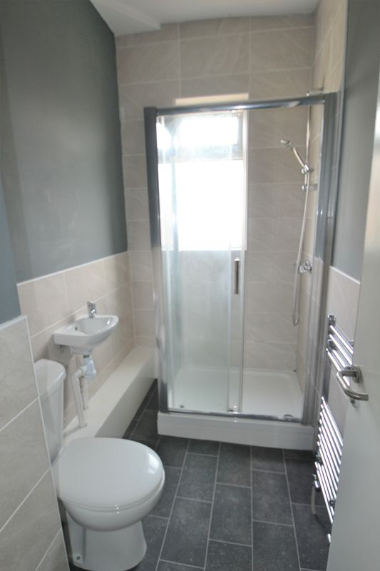 4 Bedroom Terraced House To Rent - Photo 13