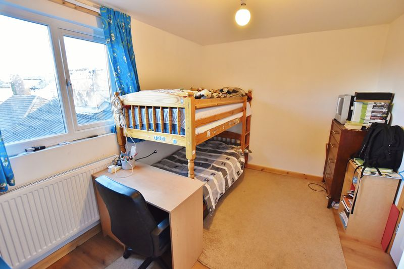 5 Bedroom Terraced House For Sale - Photo 18