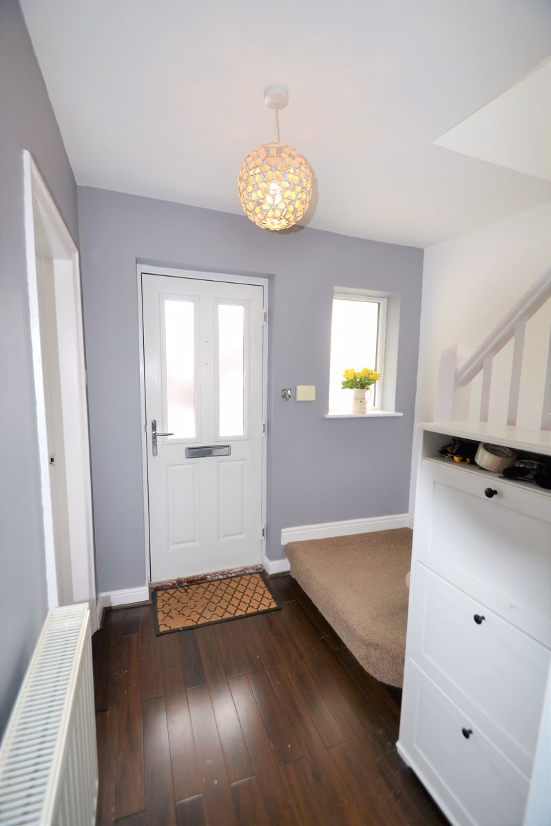 3 Bedroom Semi Detached House To Rent - Photo 4