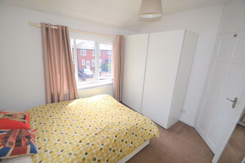 3 Bedroom Semi Detached House To Rent - Photo 13