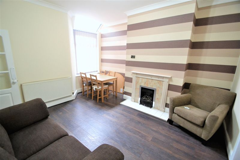 1 Bedroom End Terrace House To Rent - Photo 9