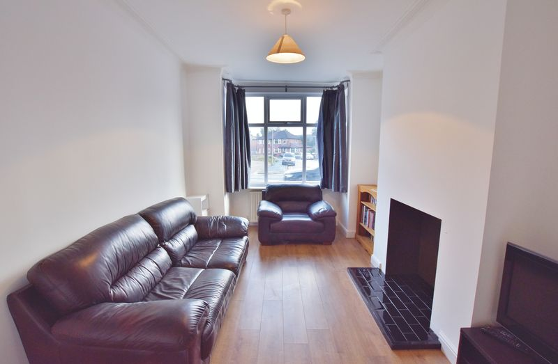 3 Bedroom Terraced House For Sale - Photo 17
